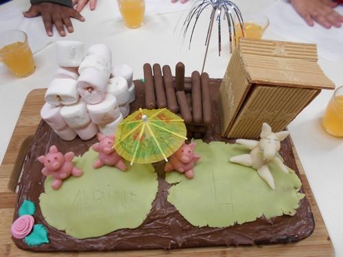 le gâteau des trois petits cochons - ecole georges brassens à ploeren